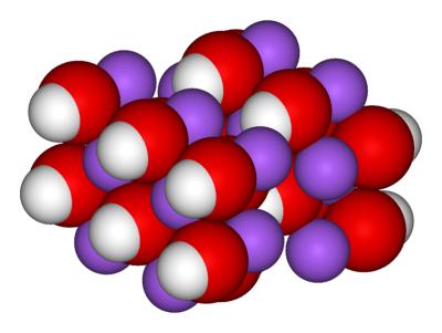 798px-Sodium-hydroxide-crystal-3D-vdW